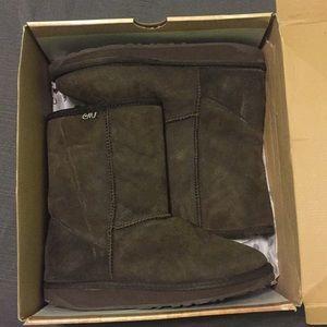 Chocolate Brown Emu Boots